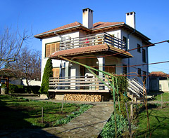 Srebarna Guesthouse - Bulgaria | Homes made for birders
